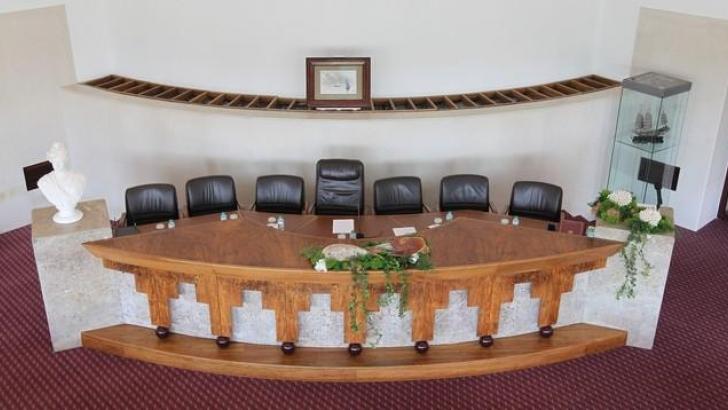 Am de lhavo debate atividade municipal terranova for Piscina municipal de ilhavo
